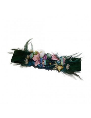 Woman belt with flowers...