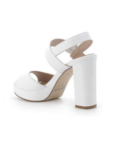 Woman's sandal shoes with...