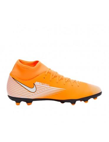 NIKE soccer shoe man...